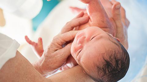 Cuatro ejercicios que te ayudarán durante el parto
